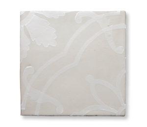 mori-ceramiche-decorate-tela-bianco-su-bianco